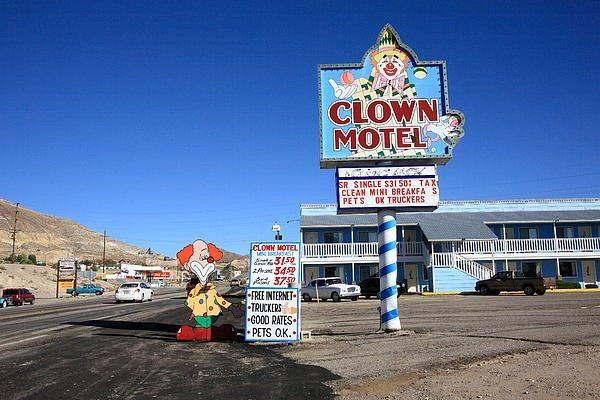 Motel là thuật ngữ được viết tắt từ motor và hotel (Nguồn: Internet)